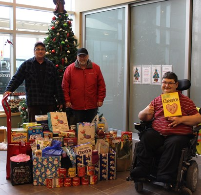 VSGV Christmas food bank December 2015
