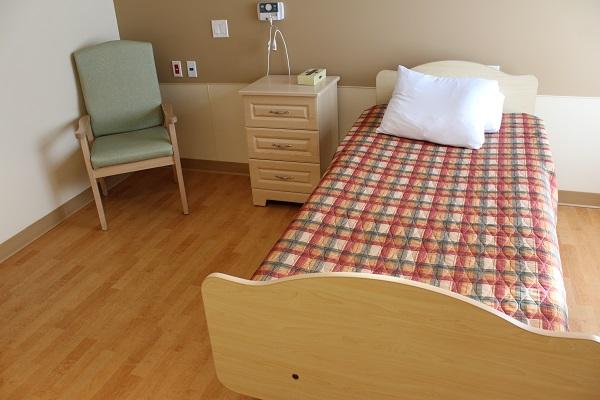 VSGV Resident Room Bed
